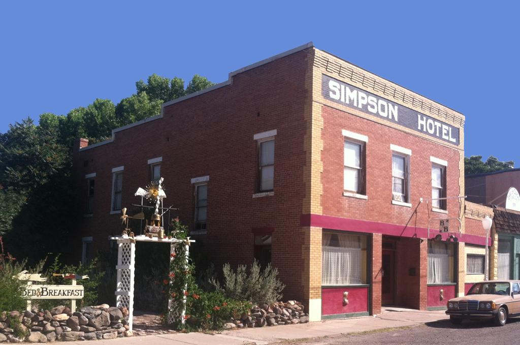 Historic Simpson Hotel; Duncan, Arizona