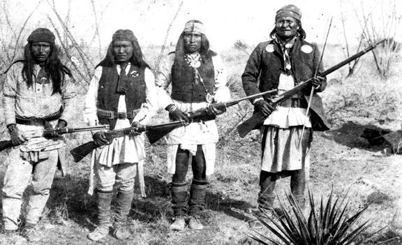 Geronimo (rt) and 3 of his Chiricahua warriors; 1886.