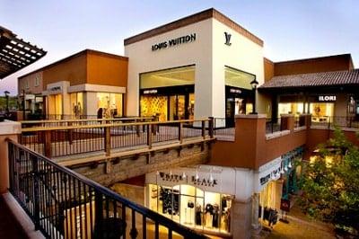 La Encantada Mall