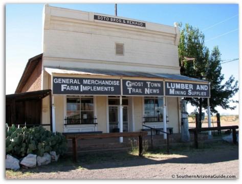 Pearce Arizona: General Store.